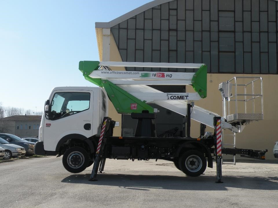 NEW EUROSKY 18-2-75 NISSAN CLOSED BOOM LOW